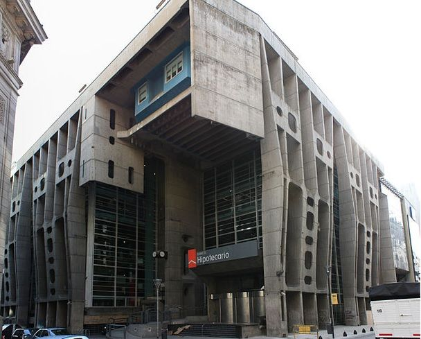 edificio banco hipotecario